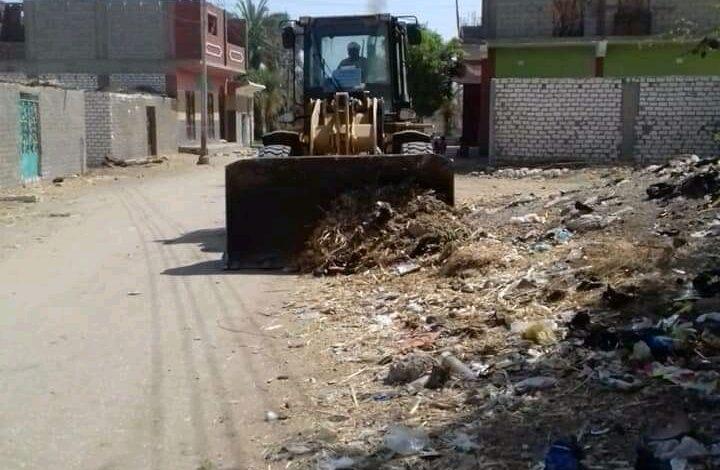 """aljornal.com - الجورنال - رفع 80 طن مخلفات من شوارع قرية """"المراشدة"""" – الشارع القنائي"""