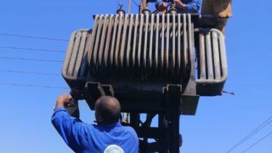 Photo of إصلاح محول كهرباء بمحطة مياه العبادية بنجع حمادي