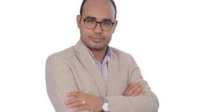 Photo of الدكتور محمد مبارك مديرا لمستشفى الحرم الجامعى بجامعة جنوب الوادى