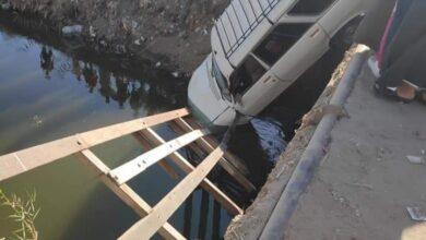 Photo of العناية الإلهية تنقذ سائق من الموت بعد سقوط سيارته في ترعة بقنا
