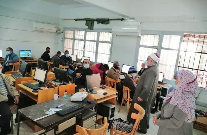 aljornal.com - الجورنال - رئيس المنطقة الأزهرية يتابع تدريب الأخصائيين الاجتماعيين علي الحاسب الآلي