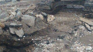 Photo of مياه قنا: إصلاح كسر خط صرف صحي رئيسي بمركز دشنا