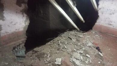 Photo of تفاصيل مصرع وإصابة 4 أشخاص في إنهيار منزل بقرية النجمة في أبوتشت