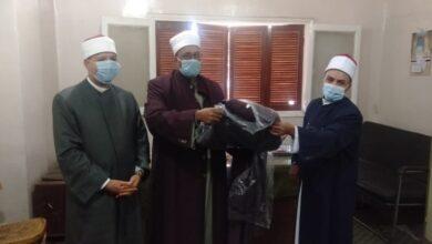 Photo of أوقاف قنا: توزيع 100 زي أزهري على الأئمة بالمديرية