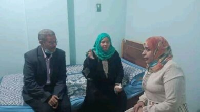"""Photo of نقل """"سمرة"""" الناجية من حادث قطاري سوهاج لدار مسنين"""