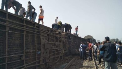Photo of محافظ قنا ينعي شهداء حادث قطار طوخ بالقليوبية