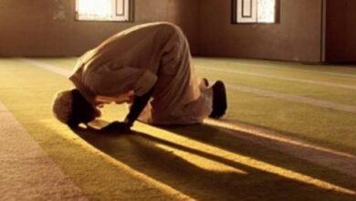 """Photo of """"الإفتاء"""" توضح حكم من يصوم في شهر رمضان ولا يصلي"""