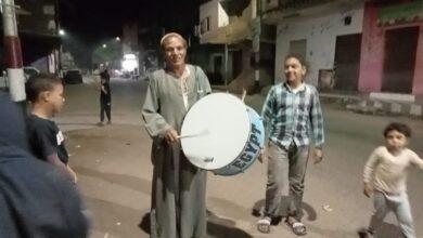 """Photo of """"اصحي يا نايم وحد الدايم"""".. أعرف حكاية أشهر مسحراتي بنجع حمادي """"50عاماً بهجة""""..صور"""