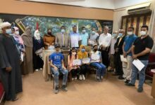 Photo of مدير تعليم نجع حمادي يُكرم عددا من الطلاب لحصولهم على مراكز متقدمة