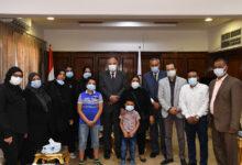 "Photo of محافظ قنا يكرم أسرة الراحل ""خالد السيد"" لدوره في دعم ذوي الاحتياجات الخاصة"