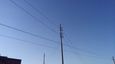 "Photo of حرصًا على الأرواح.. أهالي ""كوم جابر"" بأبوتشت يطالبون بتغيير كابلات الكهرباء بالقرية"